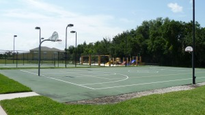 Carillon Lakes basketball court
