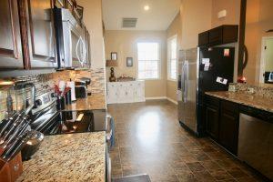 2711 Berkford Cir Lakeland FL 33810   Eat-in Kitchen - Lakeland Real ...